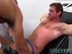 Black män med stora Feet bio Homosexuell Connors Maguires Tickled N-