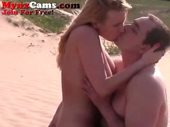 Hot Webcam Couple Fuck på stranden