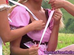 Блондинка нидерландский ле облизывание