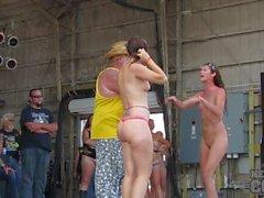 avklingar 2.013 all slags varm flickor strid Iowa