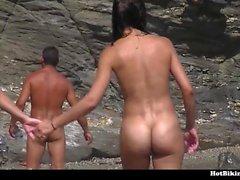 Большие задницы голая на пляже