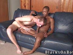 Dylan Woods İlk Siyah Dick'ini Alıyor