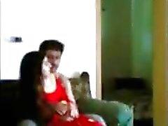 Indian Desi der Polizei Mann genießen mit dem von GF in nach Hause pornraja