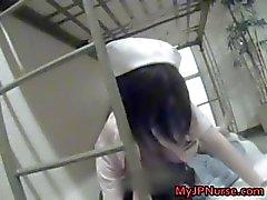 L'infirmière Japon chaud est en place pour certains chaude