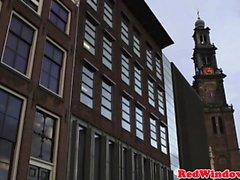 Busty hooker hollandais bigtits jizzed par touriste