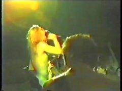 Sıcak rockçılar çıplak