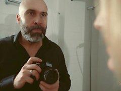 Tjänsten XXX skuggar in - Cuckold behandlar från Ukrain Blondies samt hon make