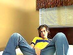 Del sesso omosessuale piccolo video gratis di Ayden ci ha inviato questa tape casting a
