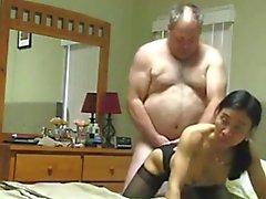 Del abuelo fucks Asia de la esposa