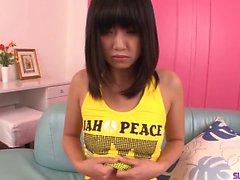 Kotomi Asakura retas med Omdömen från ensamma innan arbetet kiken