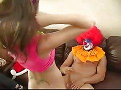 Ein Clown für ihrem 18. Geburtstag