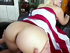 Bubbly Anikka Albrite Strips ourdoor
