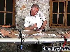 Cartoon Männer in Gummi-Bondage Homosexuell Sebastian hatte die Jungs c