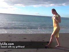 Amatör hemmafru och swinger på voyeurcam