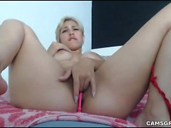 Stunning Blonde Camwhore Shows Off Her Tight Body On Cam