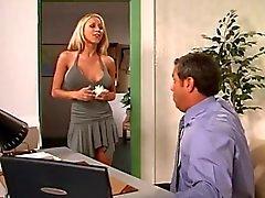 Hot loira no consultório
