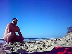 lilian77 голый на пляже 02.
