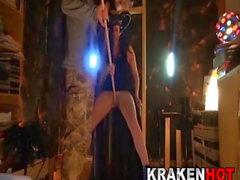 Наказание злой ведьме, любительское домашнее видео