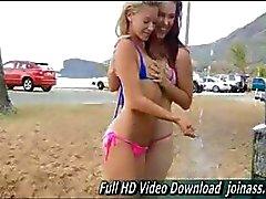 Melody e Lena adolescente bonito hot pornô mamilo se masturbando