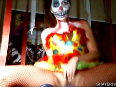 Shaye a Rivers de Halloween Clown Masturbation