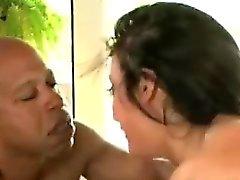 Aldatılan erkek perv izlemek gorgeous brunette eş pompalandı almak