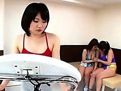 Asya lezbo her yerde püskürüyor