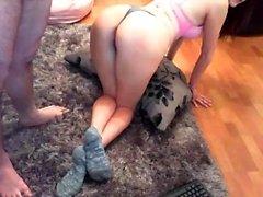 petite amie mignonne amateur fellation maison et sa chatte toying