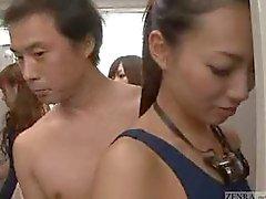 Invisibili uomo nudo in le donne spogliatoi