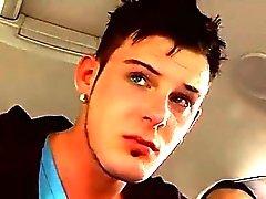 Gurkan gay sex man som bildgalleri Adam gick längs stre