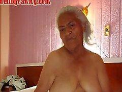 Viejo de la abuelita aficionados latino a grandes pechos y el Gran