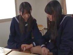Futanari Estudantes Cumshot Compilação