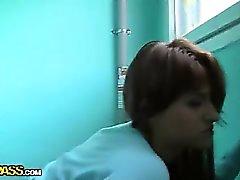 De sexo Captura garota no patamar pública