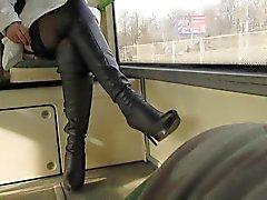 Flsshing calze a in un autobus