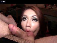 Transexuelle sensuelle lécher le trou du cul