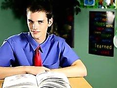 Escena de twink caliente de de Krys Pérez es profesor disciplinarias de º
