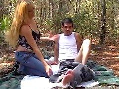 Películas de pareja amateur follando en el bosque
