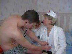 genç hasta bakımı Olgun hemşire