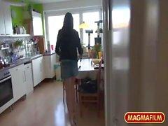 Alemão Adolescente Pagando por seu elevador