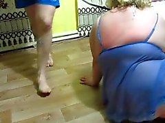 Herrschaft über die russische Fett Mutter mit großen Titten.