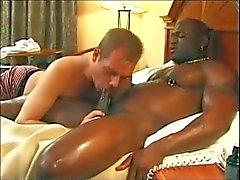 Black adamı otel'de başkanı alır