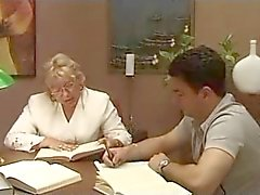 Volwassen Italiaanse leraar met leerling