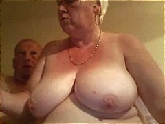 La graisse vieil mamie blonde amateur écarte ses potelée chatte grande se cloué par les un mon mari
