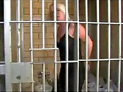 Danni na prisão Parte # 1