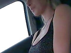 Busty adolescente Alena di twat balaustra by sconosciuto nei luogo pubblico