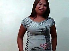 Филипина Amateur встретился и трахается A Stranger
