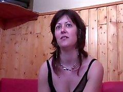 LJ95 La reine de pugno c est di Elle