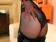 fijne zwarte panty en redhead strippen