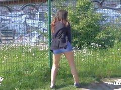 Al aire libre público alemán adolescente extraño follar doggystyle pov compilación