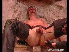 Eyefolded eşcinsel ikincil aşağılamak alıyor ve top cezalandırdı
