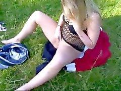 Kiimaiset rasvaa pulleita SL masturbointia pilluaan on puisto